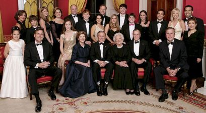 600px-George_W._Bush_and_family
